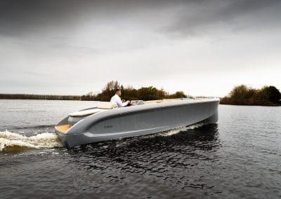 luxe boot met zonnedek