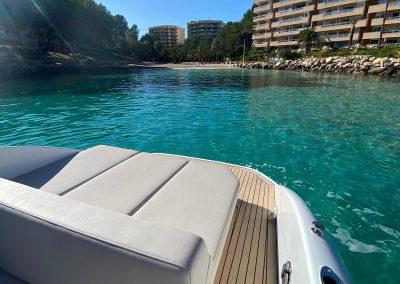 boot met groot zonnedek