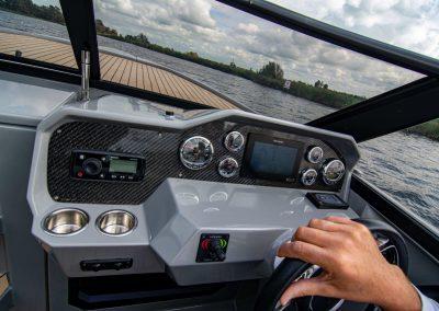 rand cockpit en raymarine scherm